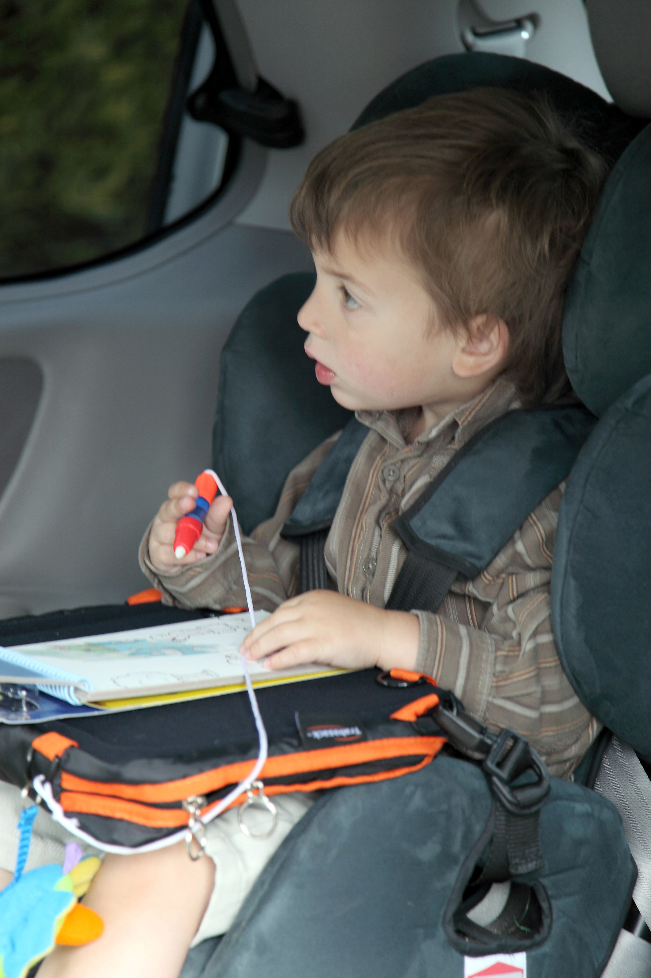Universal Car Seat Tray - Trabasack - Lap Desk and Bag in One